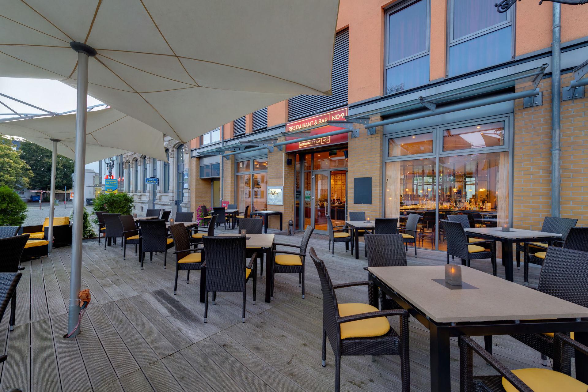 Dining Indulgence Restaurants Hotel Zwickau Candle Light Dinner